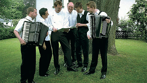 Märkisches Handorgel Ensemble in Zwota